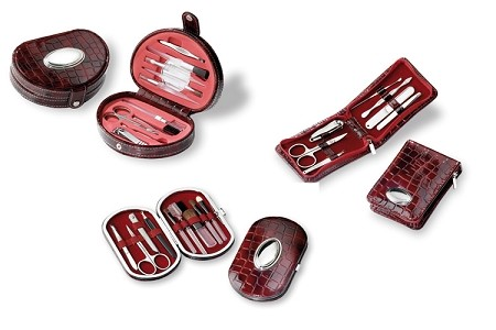 MANICURE SET in STERLING SILVER and LEATHER. Italy